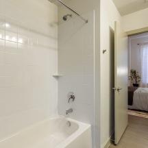 Bathroom Tub Thumbnail